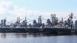 Штурмовик Ил-2 откроет воздушную часть парада вчесть Дня ВМФ вПетербурге
