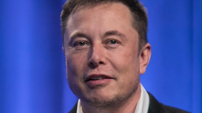 «Если онэтого хочет…»— Илон Маск ответил наугрозы Джонни Деппа отрезать ему гениталии