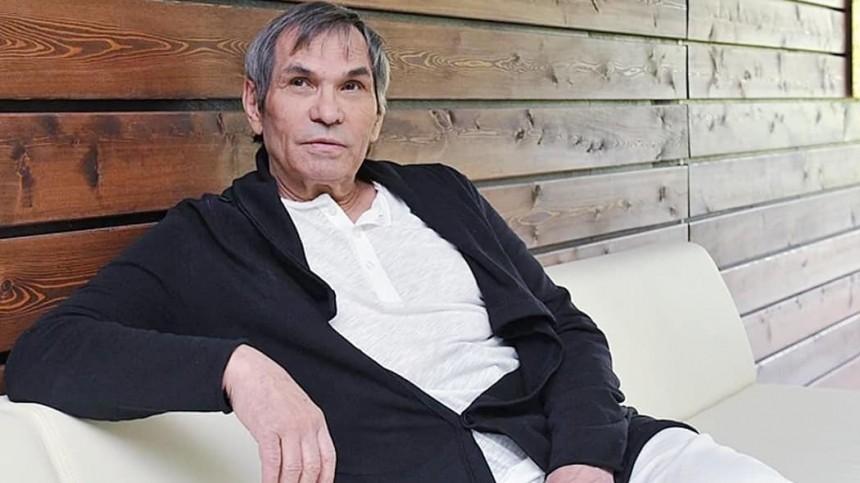 Алибасов пожаловался, что из-за выпитого «Крота» унего неработает память