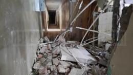 Видео ифото сместа обрушения перекрытий вбывшем общежитии РЖД вРязани