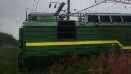 Стали известны подробности ЧПспоездами вПетербурге— видео