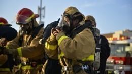 Видео: ВАризоне несколько часов тушили «адское пламя»
