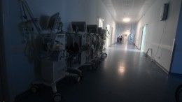 Видео: Толпа родственников умершего ворвалась всаратовскую больницу