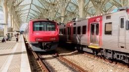 Двое погибли при крушении высокоскоростного поезда вПортугалии