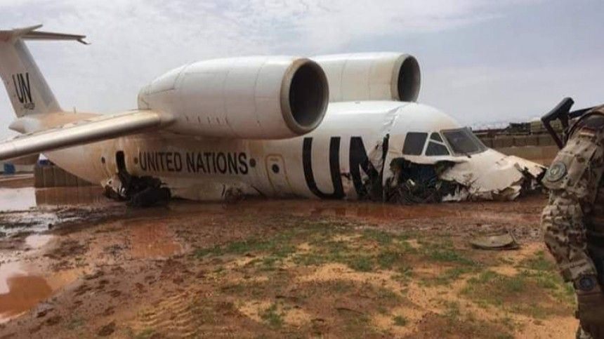 Посольство РФ: тяжело пострадавших при жесткой посадке самолета вМали нет