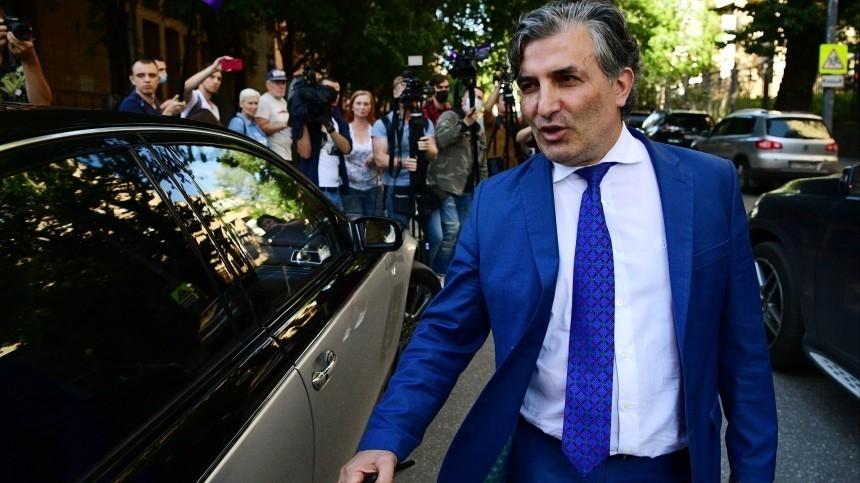 Дело омошенничестве, ккоторому якобы причастен адвокат Ефремова, нашлось вОВД «Арбат»