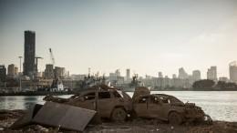 Видео: маленькая девочка сутки пролежала под завалами вБейруте ичудом выжила
