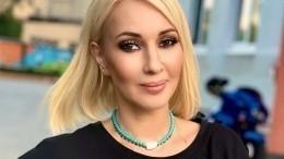 «Выбора нам неоставили»: Лера Кудрявцева сребенком отправилась наотдых вТурцию
