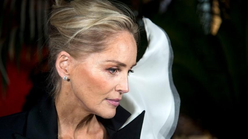 Перерезанное горло, удар молнии иинсульт: как Шерон Стоун трижды обманула смерть
