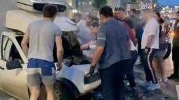 5-tv.ru публикует видео первых секунд после ДТП сучастием Ефремова