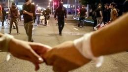 Газ, гранаты ирезиновые пули: Как вМинске разгоняют протестующих— видео
