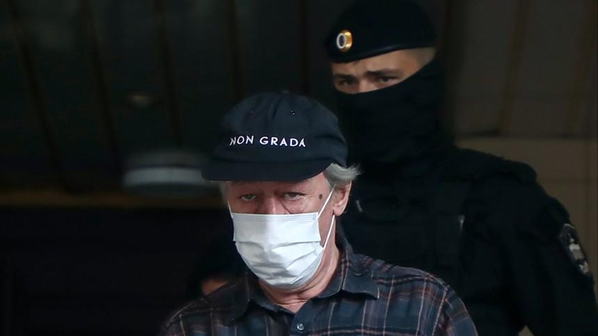 Сын погибшего вДТП Захарова подал иск кЕфремову на6,5 миллиона рублей