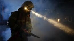 Видео: мощный пожар охватил горнолыжную базу вХимках