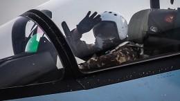 ВДень ВВС военные летчики показали свою работу насирийской авиабазе «Хмеймим»