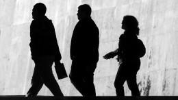 Названы сферы экономики снаиболее высоким риском увольнения