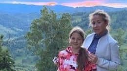 «Снимала иплакала»: 12-летняя дочь Барановской прыгнула впропасть наверевке