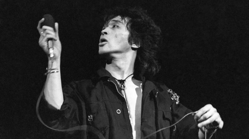 История создания культовых песен Виктора Цоя: От«Группы крови» до«Перемен»