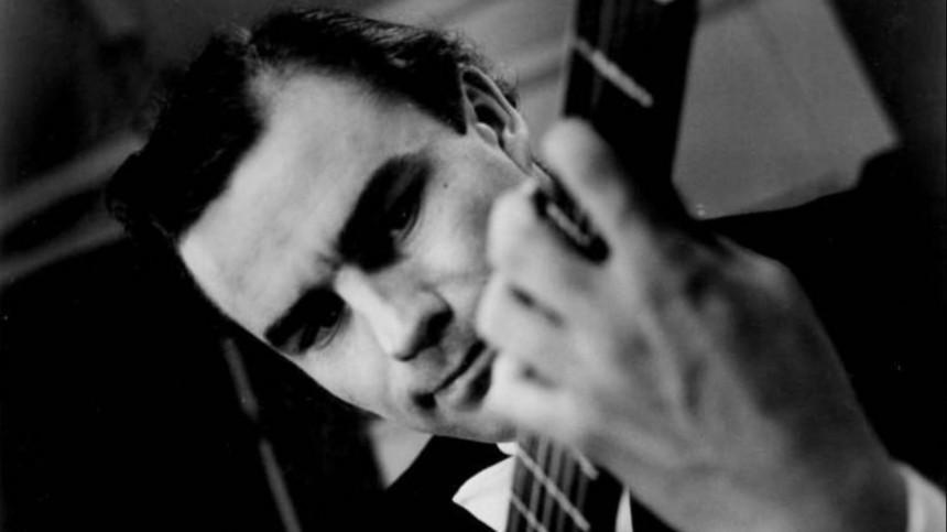 Скончался британский гитарист Джулиан Брим