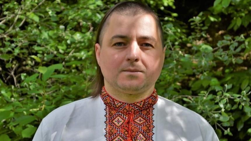 Обвиняемый внападении напосольство РФрадикал был избит наУкраине