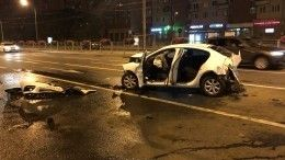 Видео: вПетербурге сотрудник автомойки угнал BMW иустроил жесткое ДТП