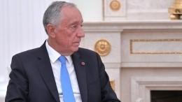Президент Португалии бросился напомощь тонущим вокеане женщинам— видео