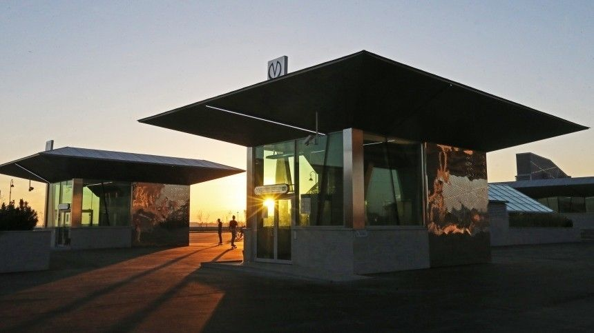 Теперь «Зенит»: вПетербурге официально переименовали станцию метро