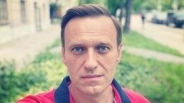 Главврач запретил транспортировку Навального даже под ответственность семьи