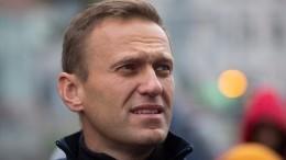 «Это сравнимо сэвтаназией»— врач отранспортировке Навального заграницу