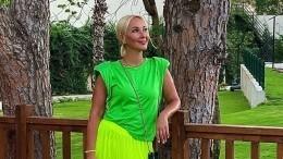 «Складки фотошопить нестала»: Кудрявцева показала фигуру без ретуши