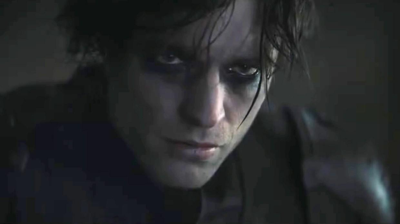 Был вампиром— стал супергероем: Роберт Паттинсон впервом трейлере «Бэтмена»