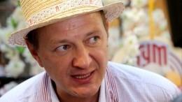 Втеатре антрепризы прокомментировали новость обувольнении Башарова