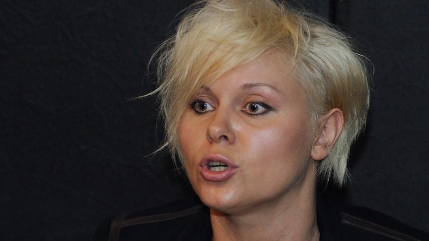 Яна Троянова раскрыла, почему семья погибшего вДТП сЕфремовым отказалась взять деньги