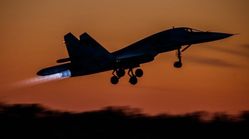 ВКС России иВВС Сирии провели совместную атаку врайоне «Белой пустыни»