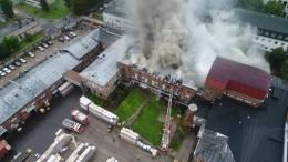 Видео: наликеро-водочном заводе вВологде произошел пожар