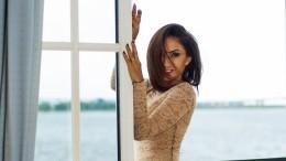 Побег, развод иместь: певица Афина впервые рассказала острашном пути кславе