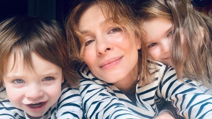 ТОП-5 актрис, ставших мамами втайне отширокой публики