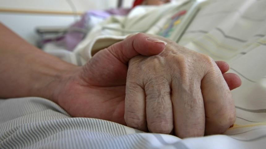 Глава Роспотребнадзора: 80% жертв коронавируса вРоссии— пожилые люди