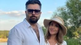«Уведи втайное место»: Юлия Ковальчук потребовала отЧумакова сводить еенасвидание