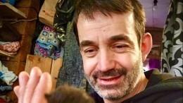 «Ждем-с врачей»: Дмитрий Певцов вышел насвязь после госпитализации