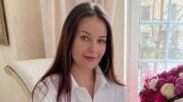«Вся впредвкушении»: Оксана Федорова рассказала одочке-первокласснице