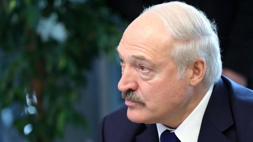 «Пусть будут аккуратнее»: Лукашенко пригрозил закрыть границы для западных стран