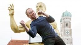 Универсальный солдат Жан-Клод Ван Дамм взорвал интернет танцем— видео