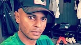 «Доброе сердце»: Бразильский нападающий «Краснодара» отдал босоногой бабушке свои тапочки