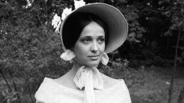 Мгновенно, сидя застолом: Стала известна причина смерти Ирины Печерниковой