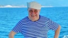 «Пожилой возраст отменяется»: Петросян отметил, что стал похож наотца— фото