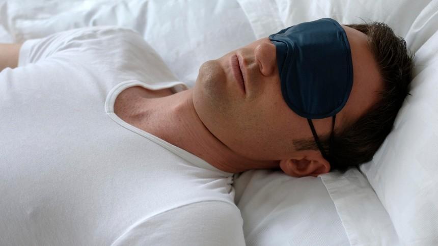 Почему одному человеку нежелательно спать надвух подушках