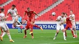 Сборная России обыграла Венгрию вновом сезоне Лиги наций УЕФА