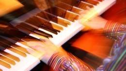 Петербургский пианист установил рекорд, исполнив 42-часовую импровизацию