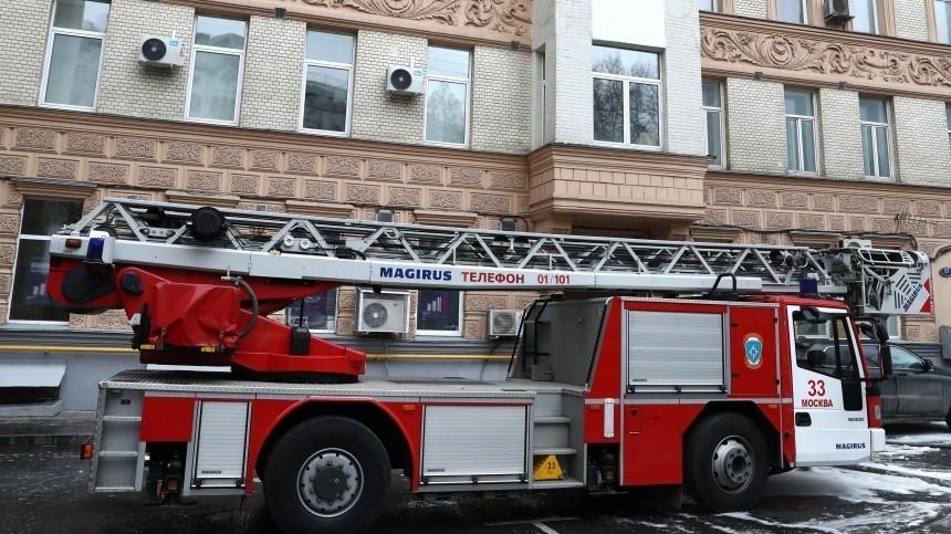 Четырнадцатилетняя девочка погибла при пожаре вбытовке вПодмосковье