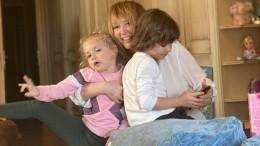 «Полегче стало»: Дети Галкина иПугачевой рассказали опервых днях вшколе